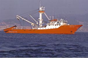 buque atunero-congelador construido en los Astilleros de Murueta