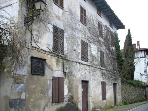 """Caserón de Igantzi en el que residió el compositor Usandizaga meintras componía """"La Llama"""""""