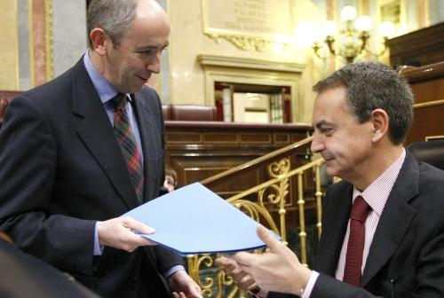 El momento en el que entregué a Zapatero el listado de proyectos que todavía, meses después, sigue olvidado en algún rincón de La Moncloa