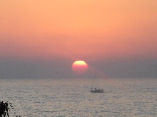 Puesta de sol en Tel Aviv, hoy.