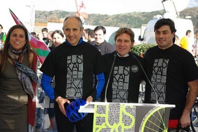 Acto electoral en favor del pleno reconocimiento de las selecciones deportivas vascas, en noviembre de 2011
