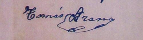 Espetxean zegoela idatzi zuen sinadura honetan argi asko ikusten da kartzelako bizitza latzaren eraginez, behea jota aurkitzen zela Tomas 1940 urtean. Oso adierazgarria sinadura hau, zinegotzia zen garaian egin zuenarekin.